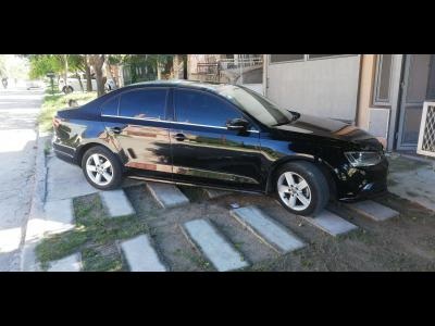Autos Venta VENDO VENTO LUXURY 2.5 MOD 2016